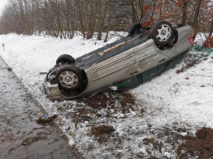 Read more about the article POL-CUX: Winterglätte auf der A27 – Überholvorgang missglückt