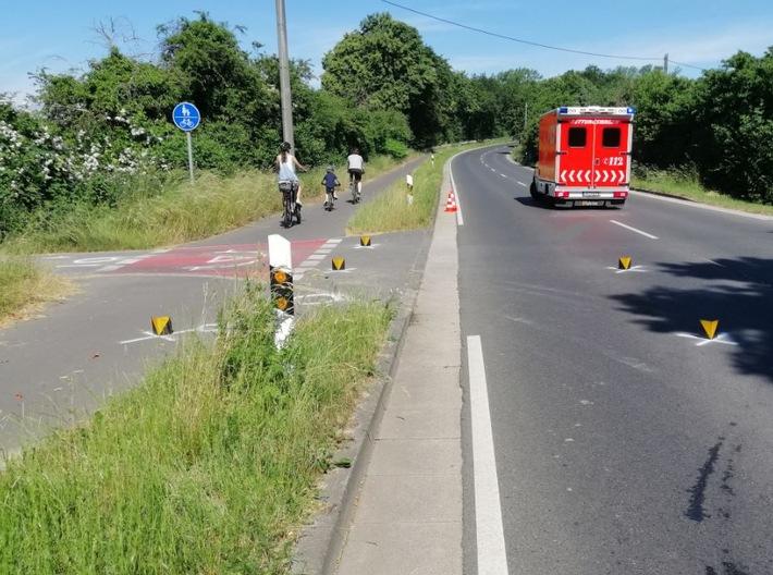 Read more about the article POL-AC: Fahrradfahrerin wird bei Verkehrsunfall schwer verletzt
